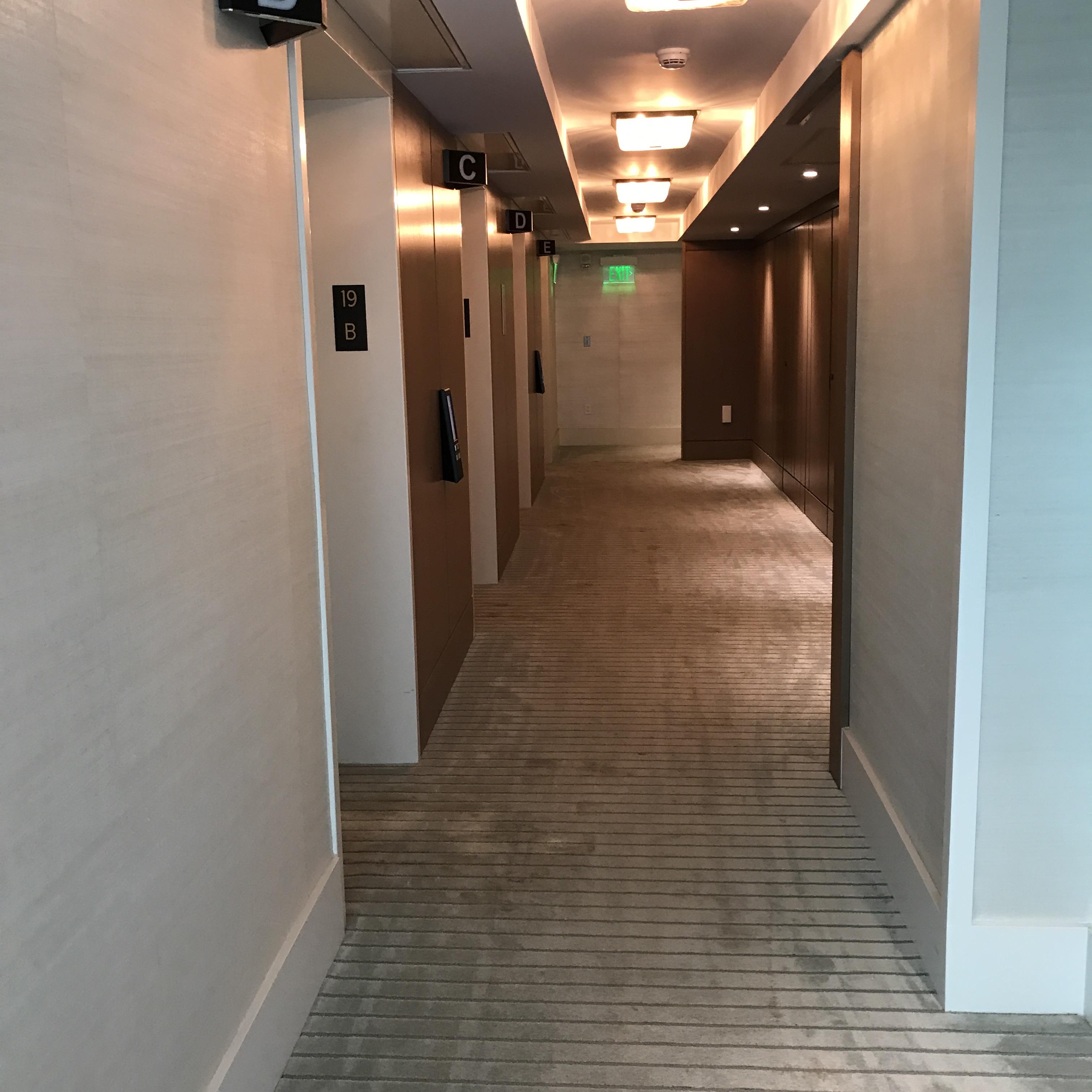 リッツカールトンワイキキ 19階通路