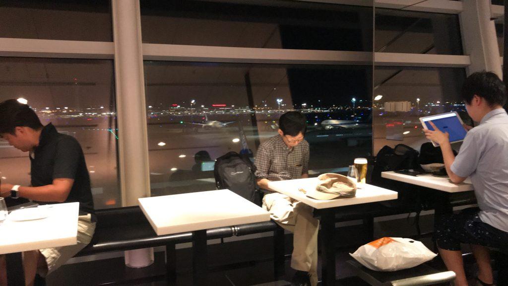 羽田空港 国際線ターミナル ANAラウンジ 窓からの景色