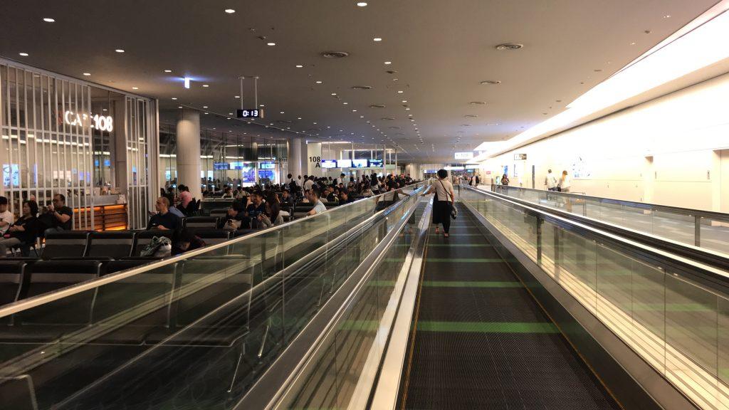 羽田空港 国際線ターミナル ANAラウンジから搭乗口へ