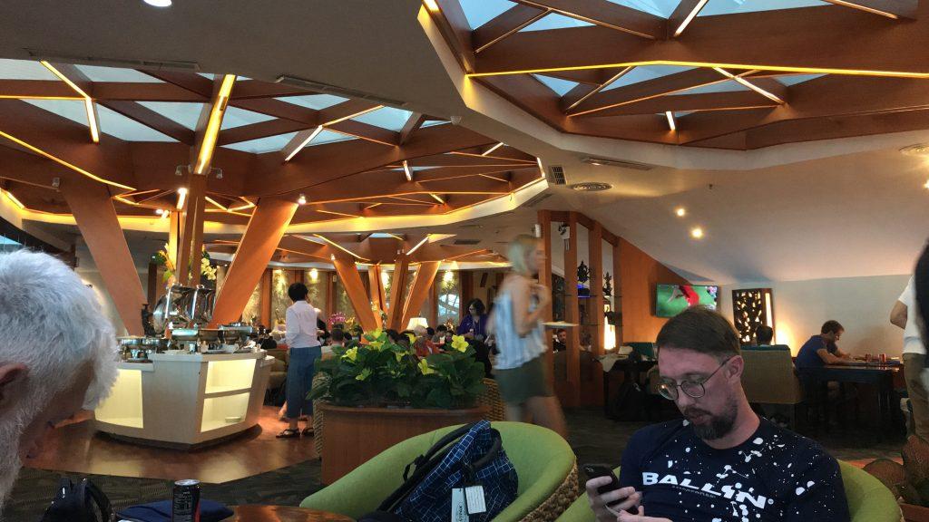 バリ島 デンパサール空港