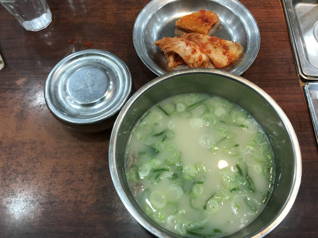 韓国ソウル 神仙ソルロンタン 明洞店